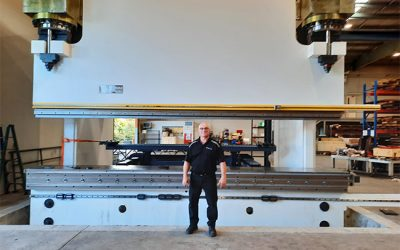 Frontline Manufacturing DERATECH ULTIMA 1500ton x 6100mm installation